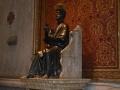 """"""" La statua di S.Pietro in cattedra """""""